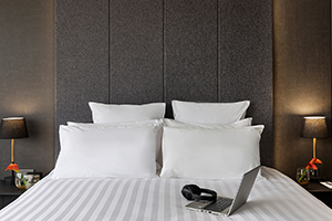 300-x-200-superior-room-thumbnail-2