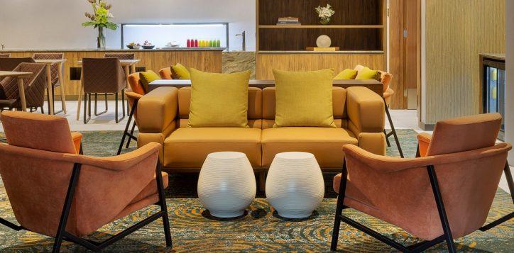 executive-lounge-2